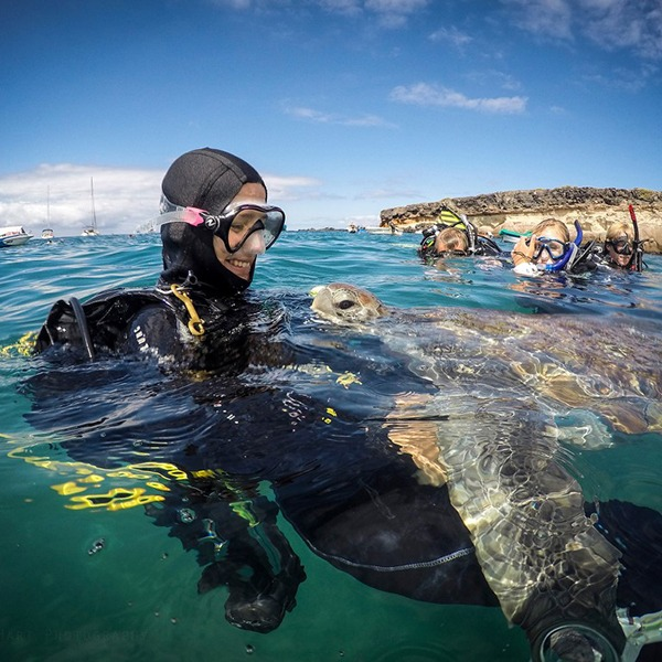 PADI Divemaster Internship - Nothing to see here just a girl and her Turtle